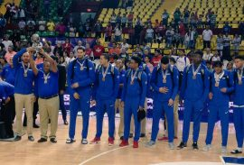 dominicana bronce